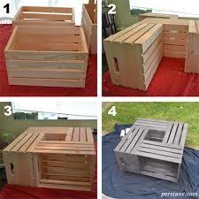 میز چوبی ساخته شده از جعبه