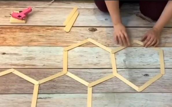 چوب بستنی برای ساخت وسیله ای دکوری